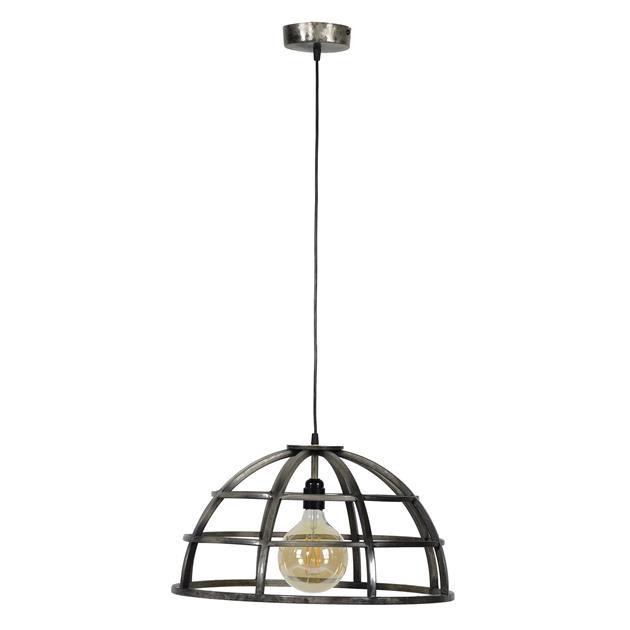 Ijzeren hanglamp die is afgewerkt in oud zilver wat zorgt voor een vintage en industrieel uiterlijk. De diameter van de lamp is 50 cm en de lamp is in hoogte verstelbaar tot 150 cm